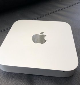 Apple Mac Mini + оригинальные клавиатура и мышь.