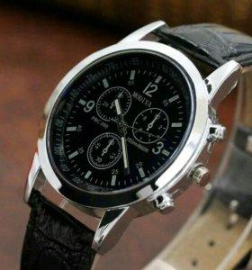 Абсолютно новые часы