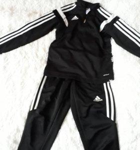 Спортивный костюм adidas р.130