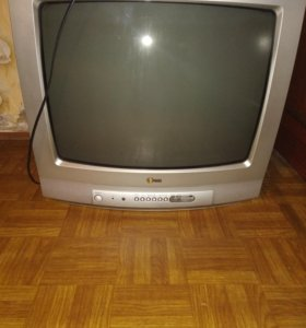 Телевизор есть пульт