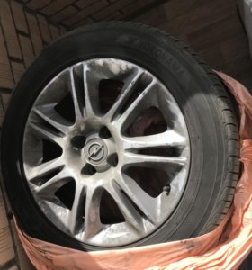 Продам диски Opel Corsa 16 радиус с резиной