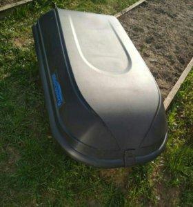 Автомобильный багажник (автобокс)