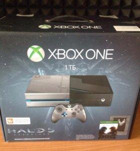 Продам xbox one Halo 5 edition 1TB