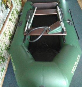 Продается надувная 2-х местная лодка