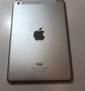 iPad mini 2, 32gb,WiFi + 3G