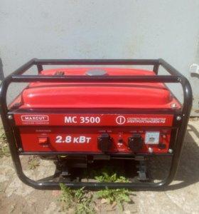 Бензо-генератор Maxcut MC3500