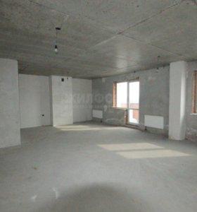 Квартира, 3 комнаты, 165.7 м²