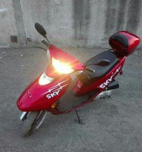 Скутер Sky 50