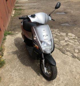 Скутер Daelim Cordi R 50cc (49,5)