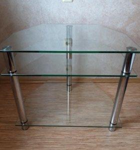 Удобная и стильная тумба под ТВ стекло/хром