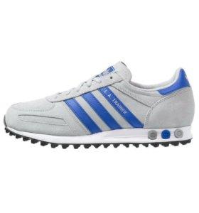 Кроссовки Adidas из серии -LA TRAINER.