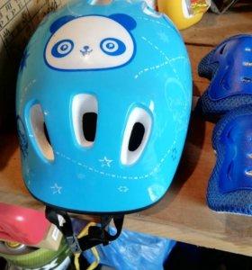 Продам детские защитные накладки и шлем