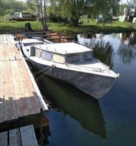 Гулянка моторная лодка