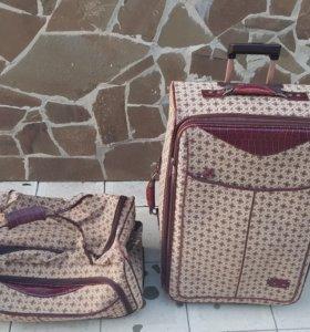 Продам чемодан в дорогу
