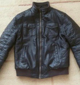Демисезонная куртка для мальчика 10-12 л, рост 152