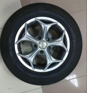 Литые диски R15, 5*114.3 на резине Giticomfort