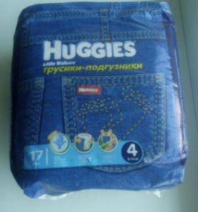 Подгузники - трусики Huggies