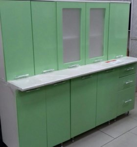 Кухонный гарнитур 1.8