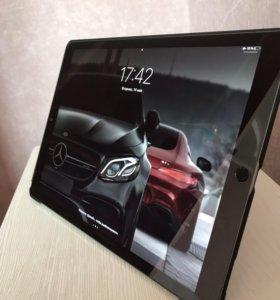 iPad Pro 2 12.9 wi-fi