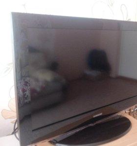 Телевизор Samsung LE32