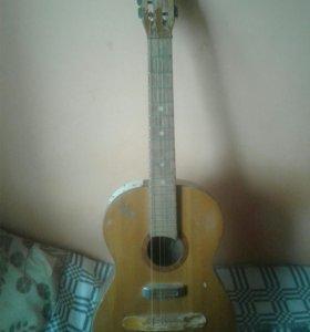 Б/У Гитара