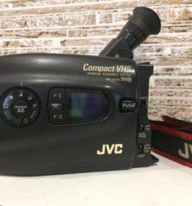 Видеокамера JVC. Mini кассеты