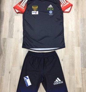 Новый беговой комплект Adidas Сборной РФ