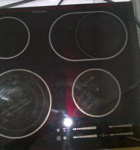 варочная Electrolux EHD 60150 индукция германия