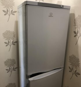 Холодильник indesit 170см