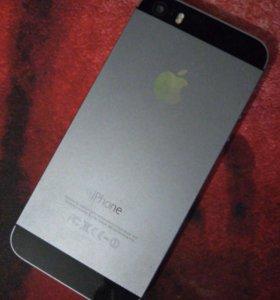 Продам айфон 5s в отличном состояние с документами