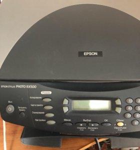 Цветной принтер и сканер.Стоит без надобности