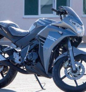Мотоцикл racer RC250CS skyway