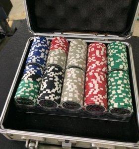 Покер фишки.