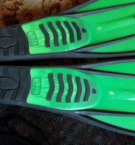 Ласты зеленые с мешком