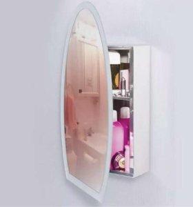 Навесной шкаф с зеркалом в отличном состоянии