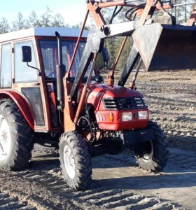 Трактор Донг фенг 404.