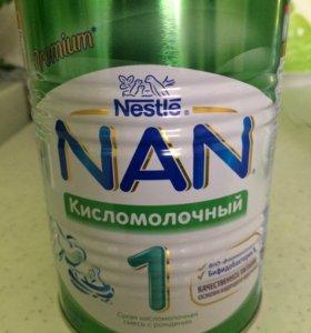 Смесь Nan кисломолочный