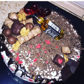Вкусные свежие торты на заказ .