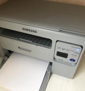 Срочно МФУ Samsung SCX-3400 как новый