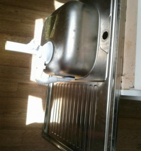 Кухонная мойка. 80×60см.