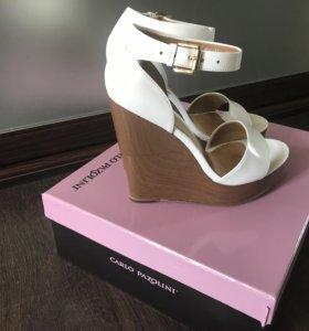 511219ec0 Женская обувь в Перми - купить модные туфли, сапоги, кроссовки ...