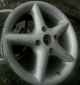 диски литые r15