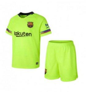 Футбольная форма Барселоны (гостевая)