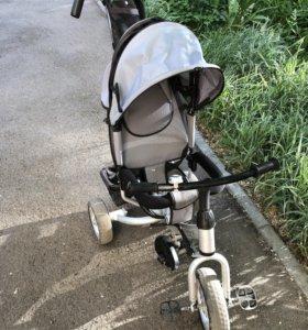 Велосипед трехколёсный с ручкой