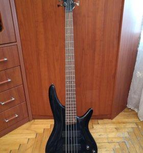 Бас-гитара Ibanez SR305