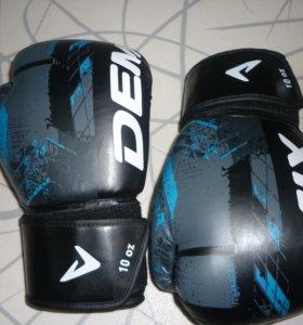 Боксёрские перчатки с Бинтами