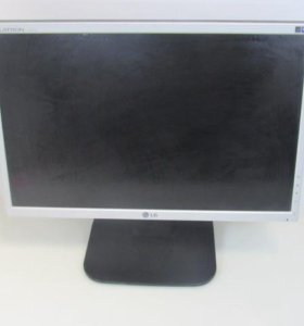 Монитор LG Flatron L192WS