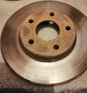 Тормозной диск Форд фокус