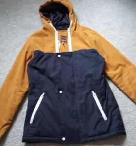 Продам куртку мужскую весеннюю , размер 46-48.