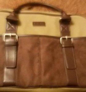 Продаётся сумка для ноутбука.